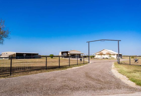 3 S Ranch 107 Acre Ranch Guadalupe County Image 1